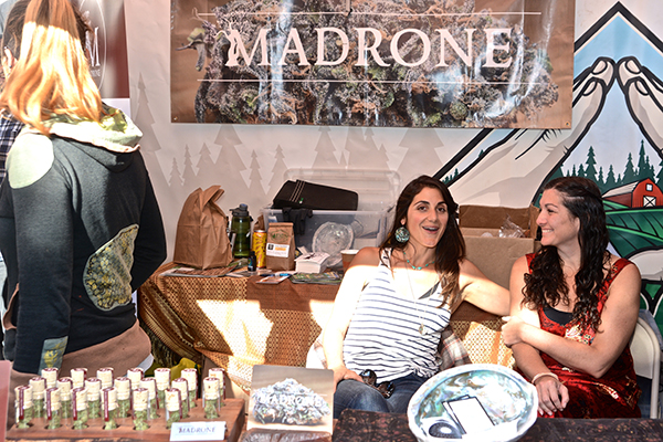 Madrone California's lounge booth. Photo by Jose Quezada.